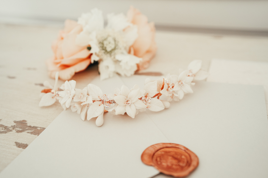 Romantically elegant styled shoot at Merriscourt (27)