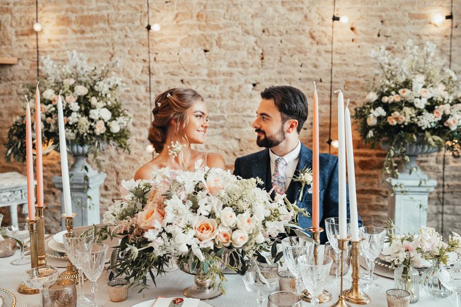 Romantically elegant styled shoot at Merriscourt (36)