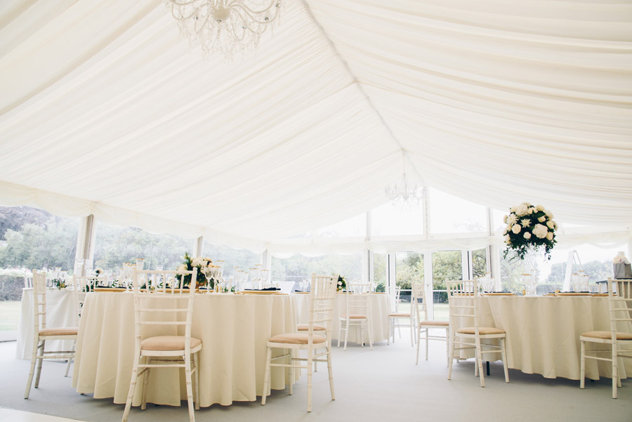 Timeless Elegance and beautiful micro wedding inspiration at New Lodge Lawns (9)