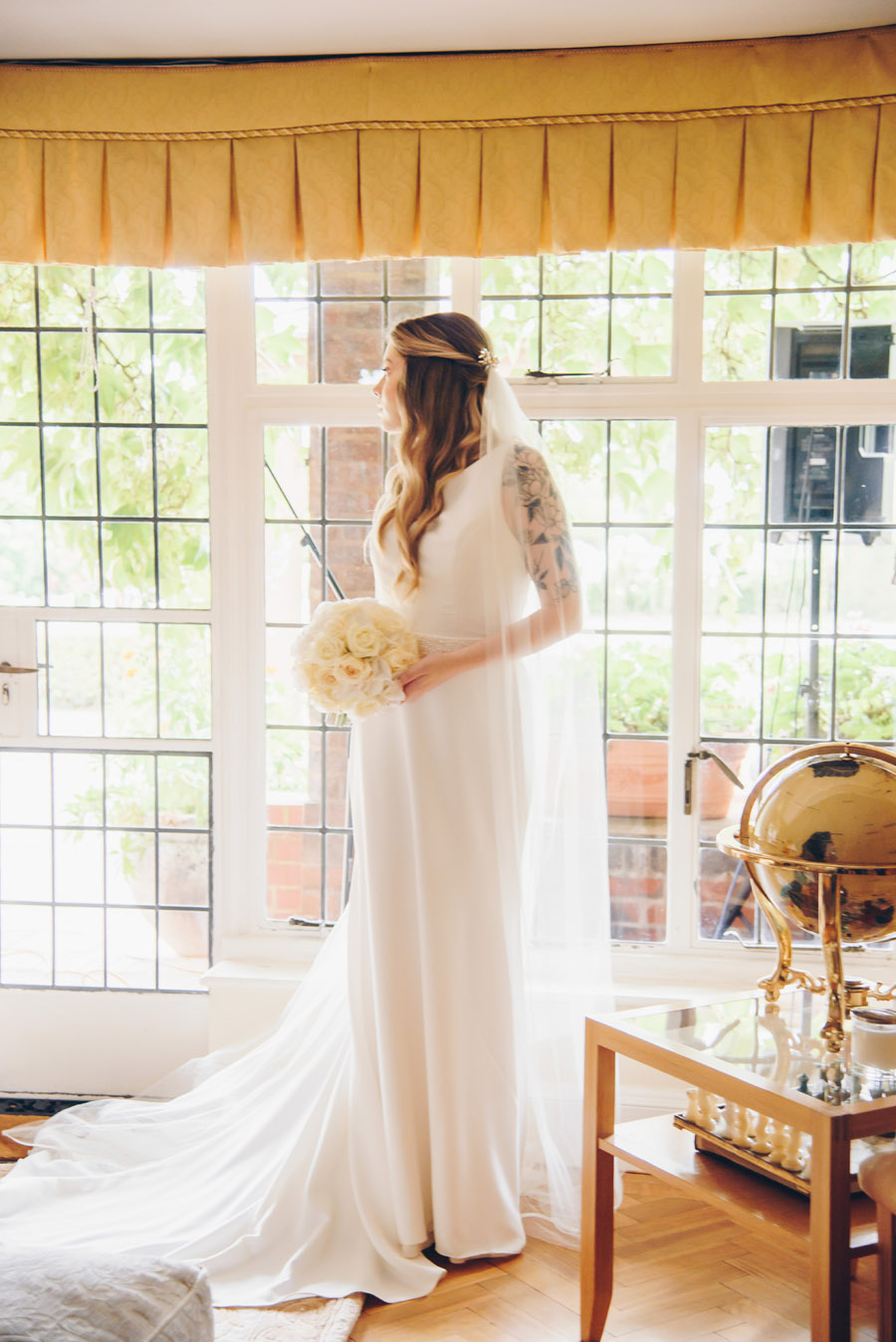 Timeless Elegance and beautiful micro wedding inspiration at New Lodge Lawns (13)