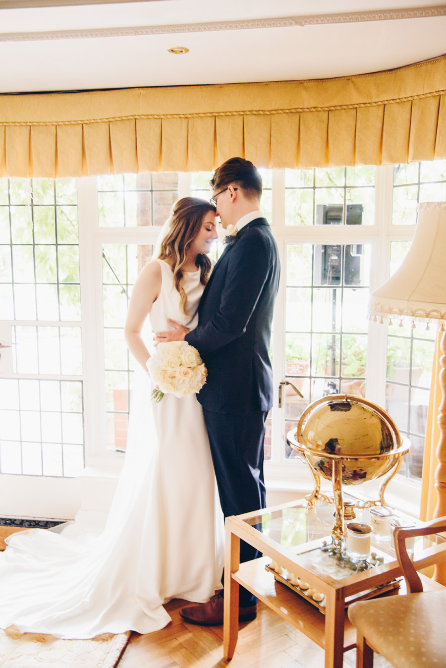 Timeless Elegance and beautiful micro wedding inspiration at New Lodge Lawns (14)