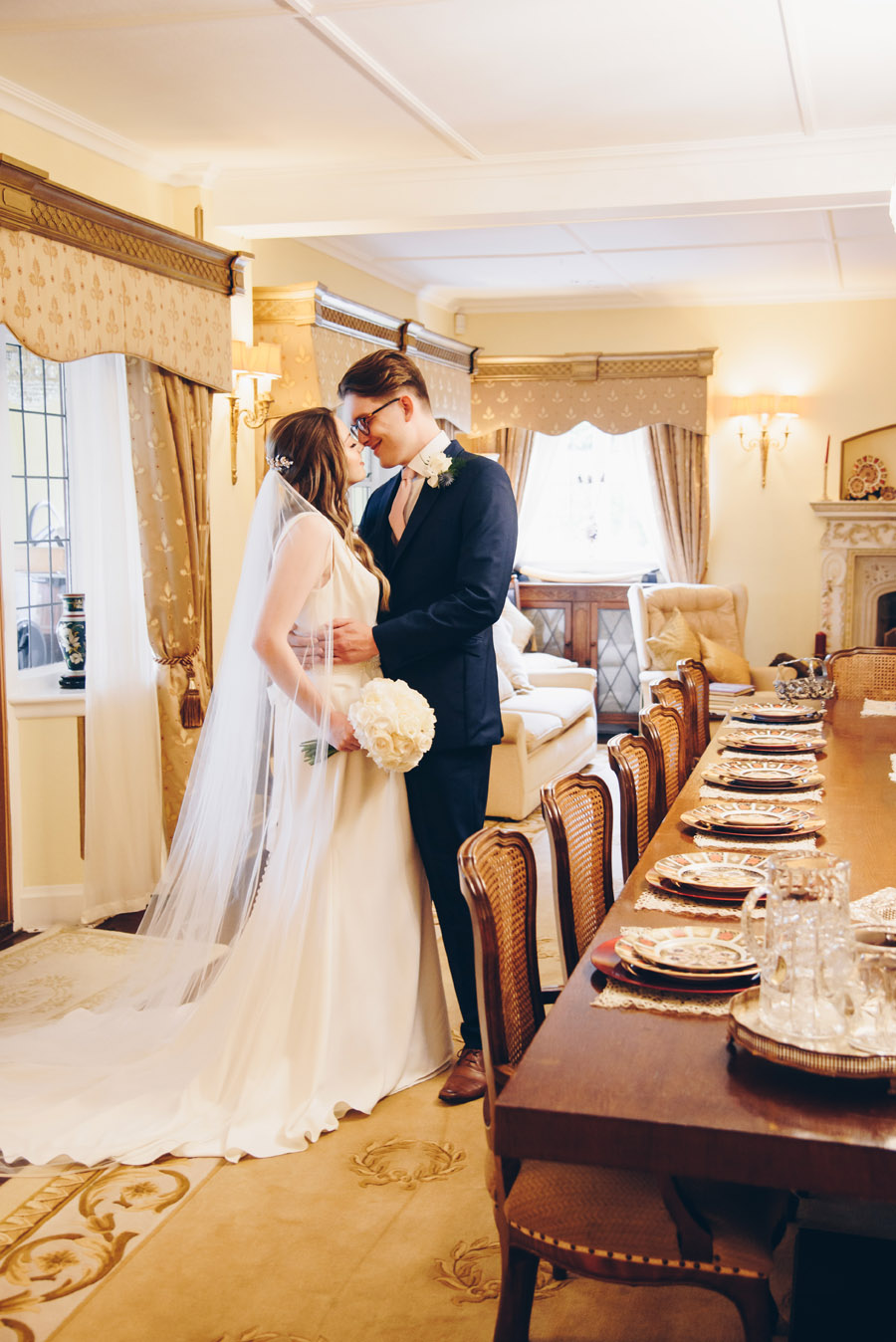 Timeless Elegance and beautiful micro wedding inspiration at New Lodge Lawns (15)