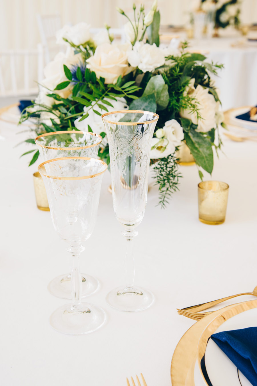 Timeless Elegance and beautiful micro wedding inspiration at New Lodge Lawns (5)