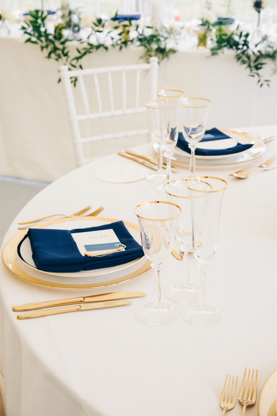 Timeless Elegance and beautiful micro wedding inspiration at New Lodge Lawns (3)