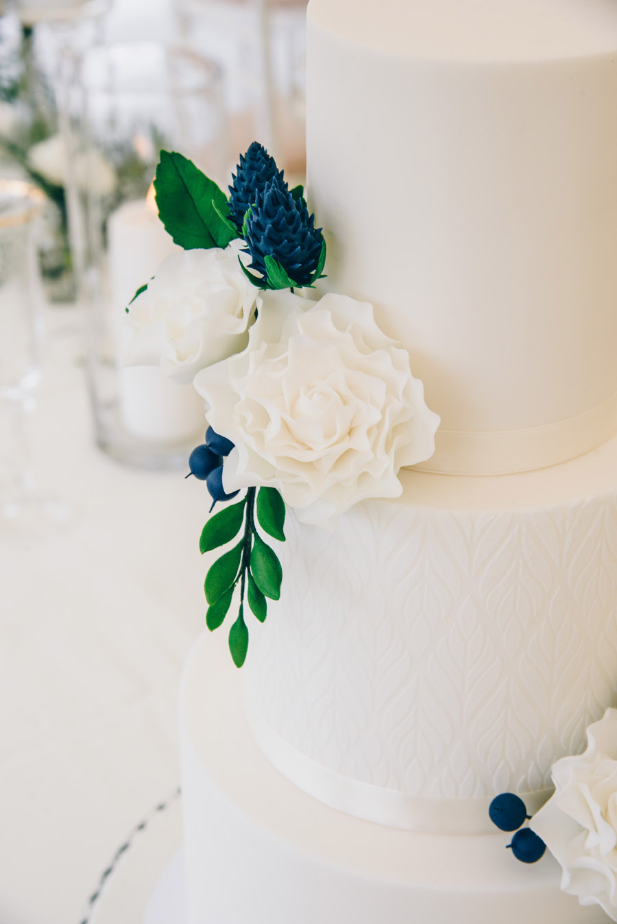 Timeless Elegance and beautiful micro wedding inspiration at New Lodge Lawns (8)