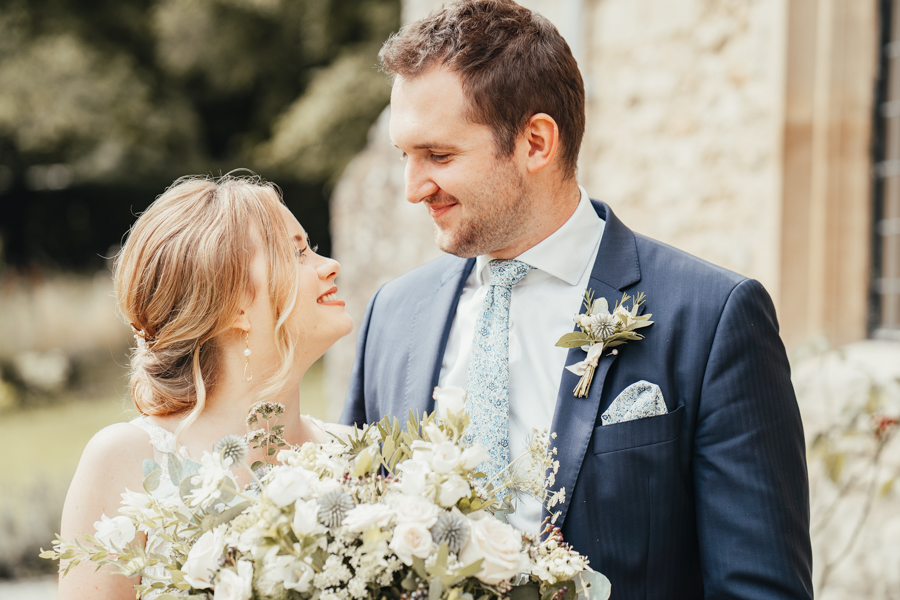 Quintessential and Elegant English Styled Shoot at Notley Abbey (20)