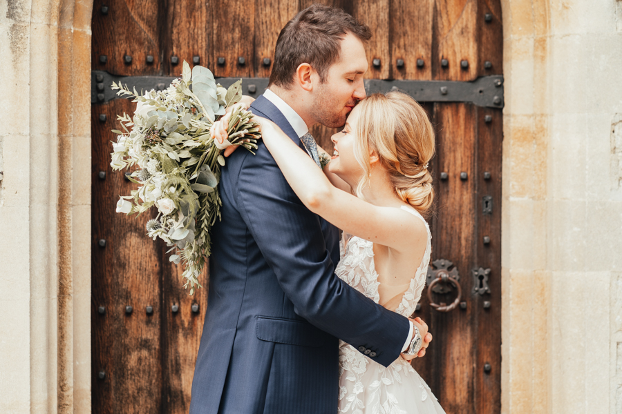Quintessential and Elegant English Styled Shoot at Notley Abbey (22)