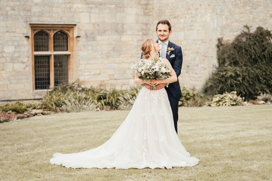 Quintessential and Elegant English Styled Shoot at Notley Abbey (31)
