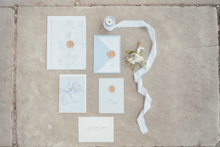 Quintessential and Elegant English Styled Shoot at Notley Abbey (34)