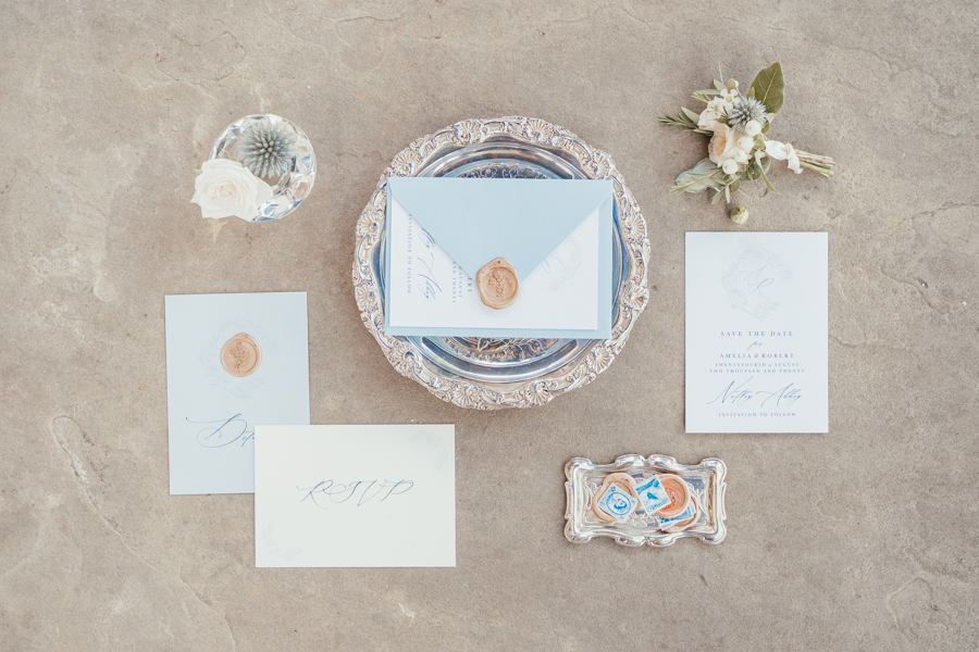 Quintessential and Elegant English Styled Shoot at Notley Abbey (38)