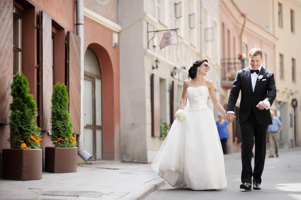 Tuxedo wedding style for men, with Suit Direct (1)