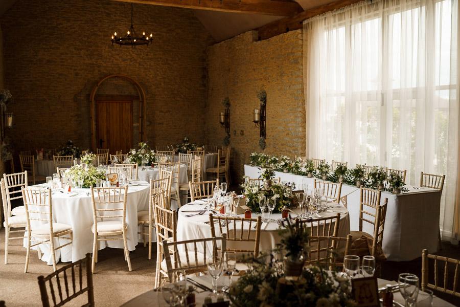 Tim & Victoria's elegant, rustic Stratton Court Barn wedding, with Steph Kiely Photography (23)