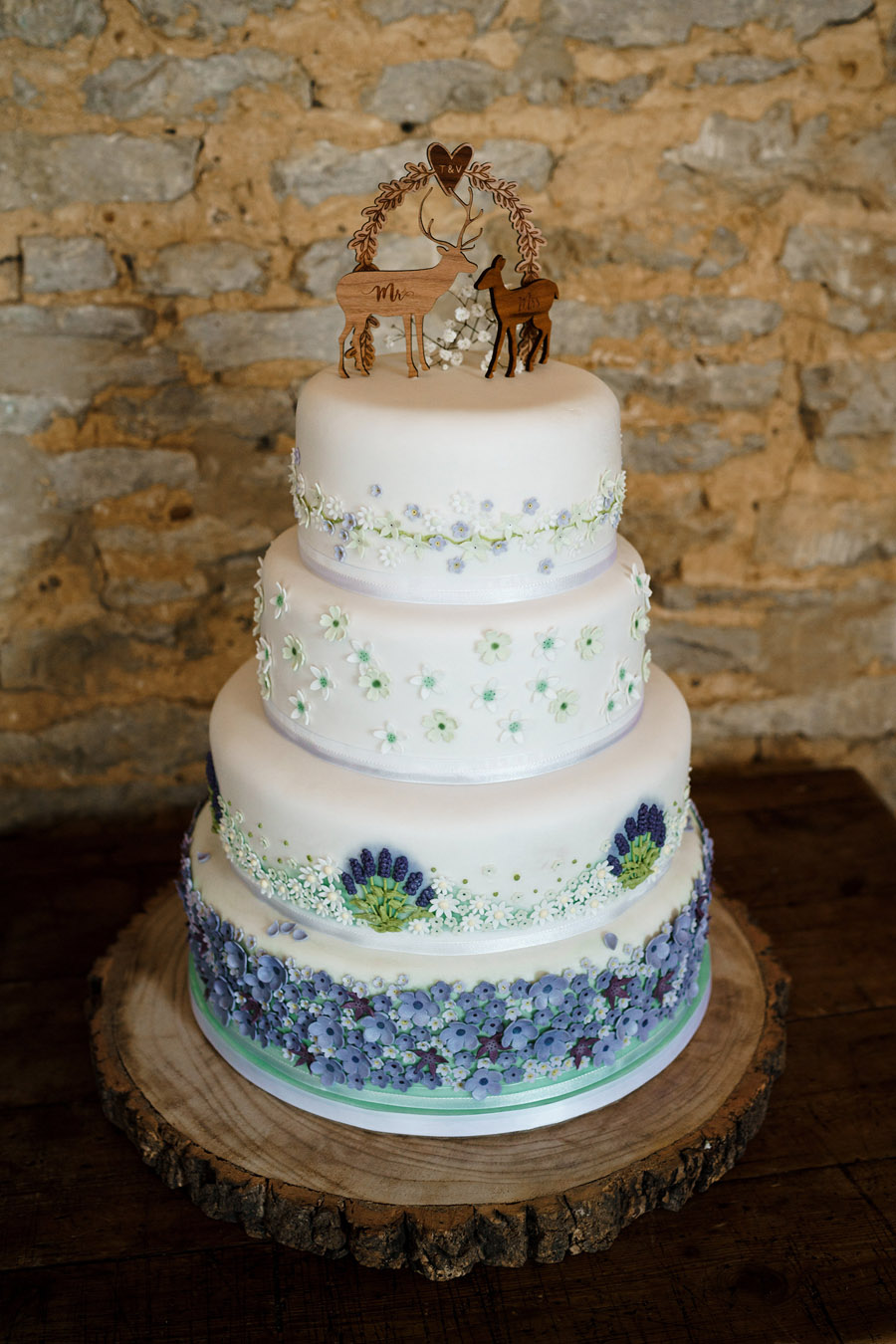 Tim & Victoria's elegant, rustic Stratton Court Barn wedding, with Steph Kiely Photography (25)