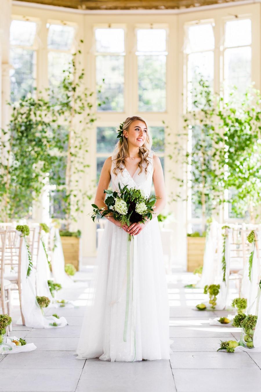 Highcliffe Castle wedding inspiration on the English Wedding Blog (14)