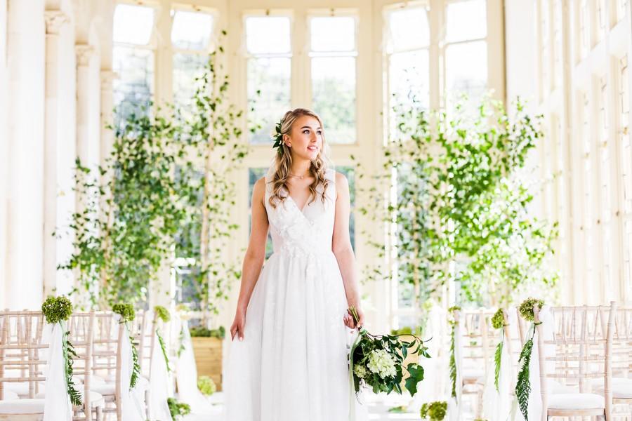 Highcliffe Castle wedding inspiration on the English Wedding Blog (15)