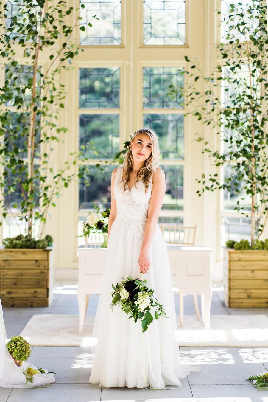 Highcliffe Castle wedding inspiration on the English Wedding Blog (17)