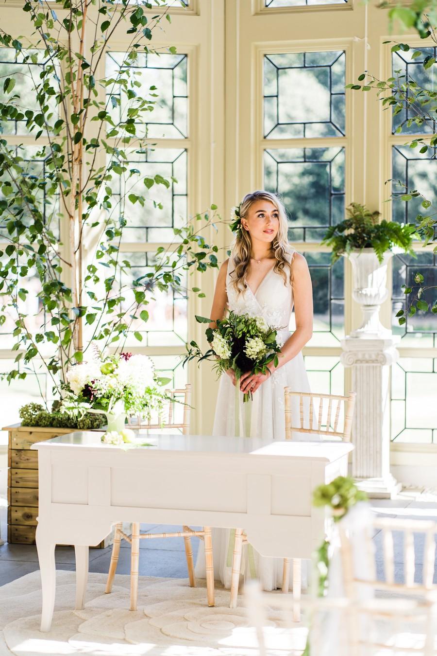 Highcliffe Castle wedding inspiration on the English Wedding Blog (21)
