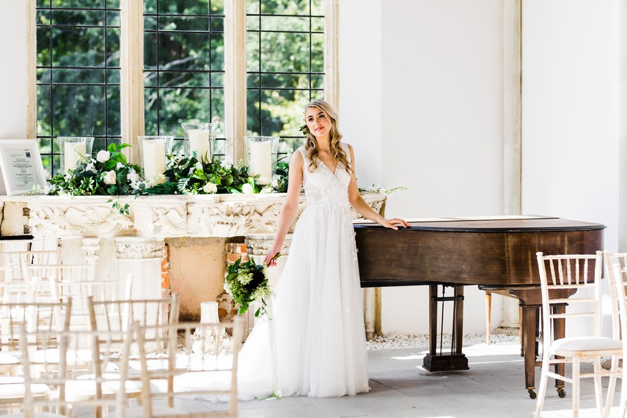 Highcliffe Castle wedding inspiration on the English Wedding Blog (31)