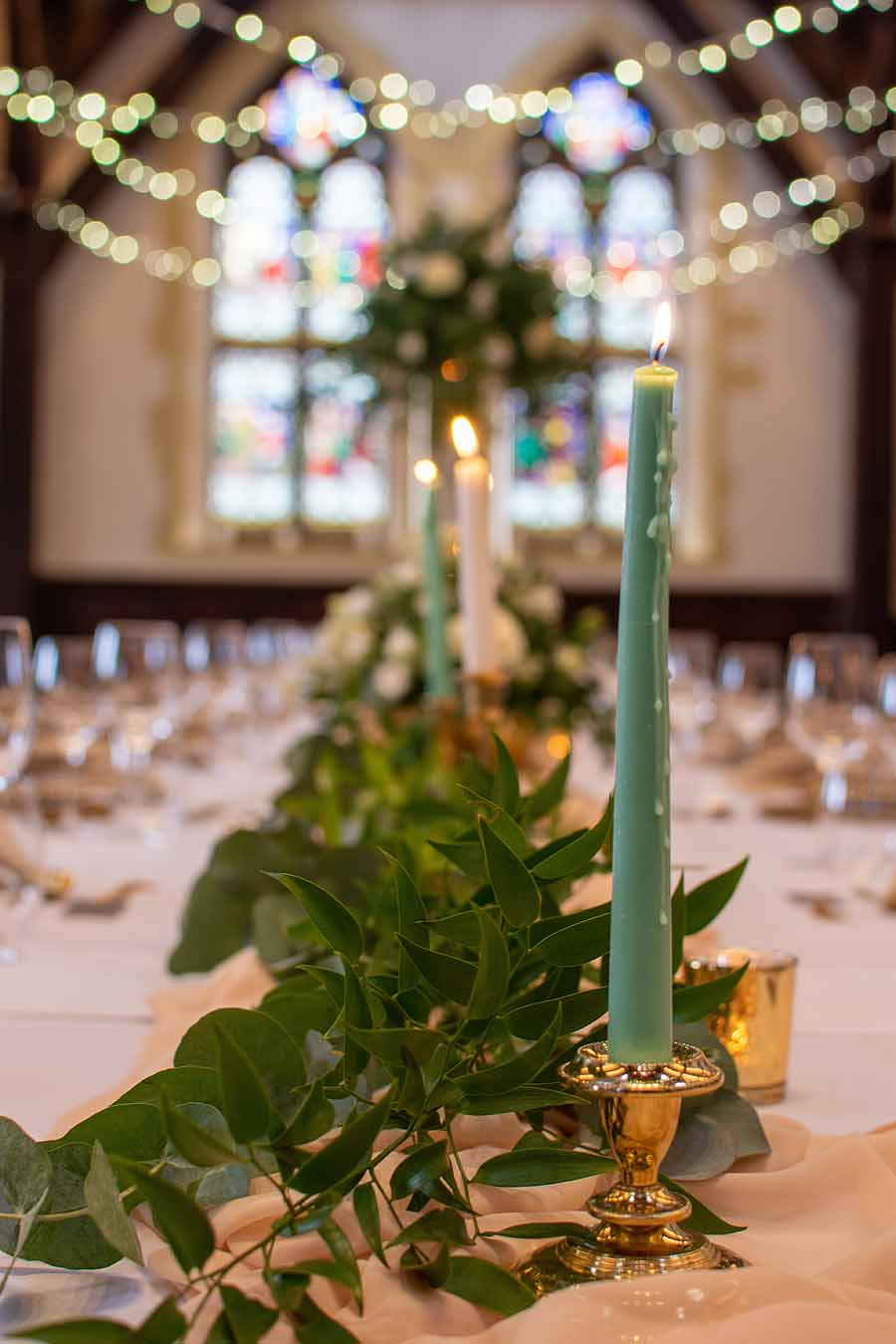 Elegant and timeless wedding styling at Bradfield College, with Lorna Richerby Photography (12)