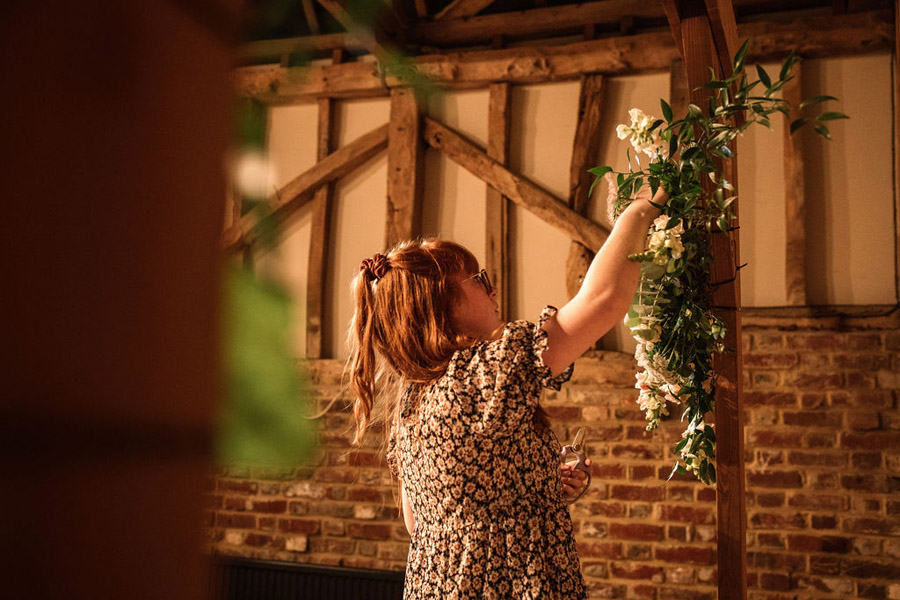Autumnal burgundy wedding style inspiration with Becky Harley Photography (4)