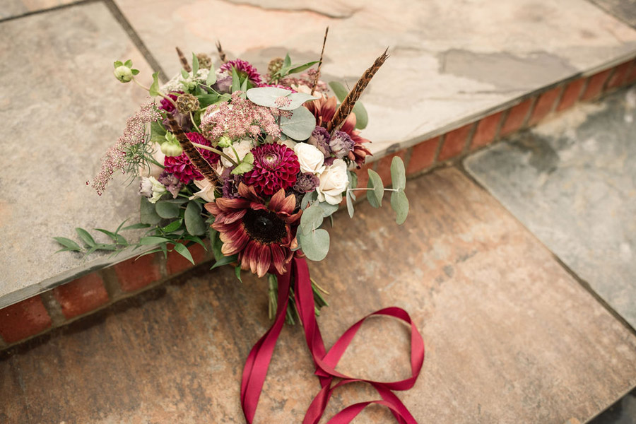 Autumnal burgundy wedding style inspiration with Becky Harley Photography (13)