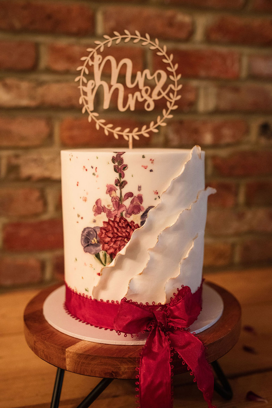 Autumnal burgundy wedding style inspiration with Becky Harley Photography (23)