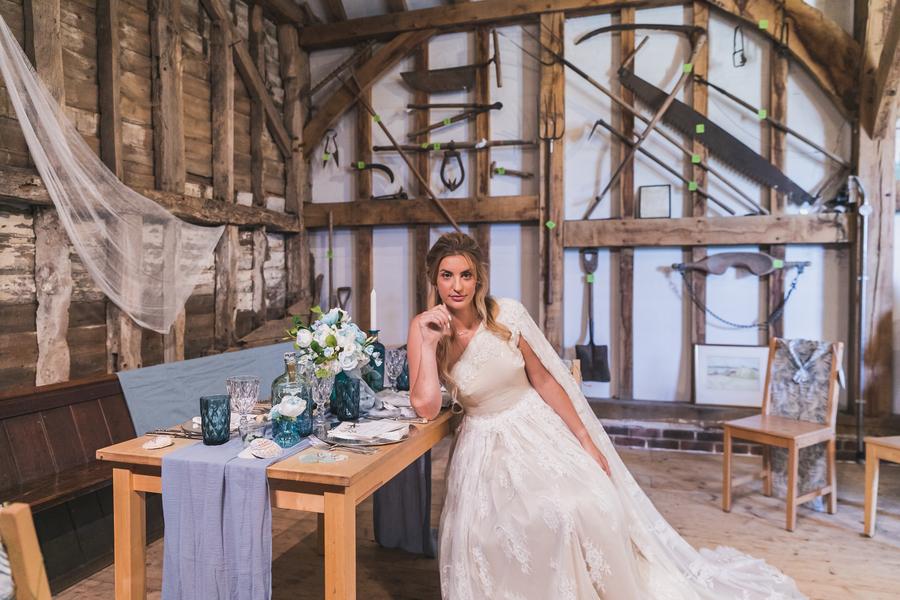 Eco beach wedding inspiration, with Confetti Coast Photography and Amethyst Weddings (10)