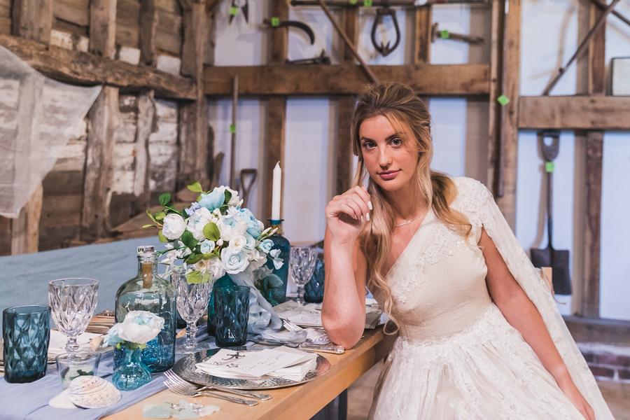 Eco beach wedding inspiration, with Confetti Coast Photography and Amethyst Weddings (11)