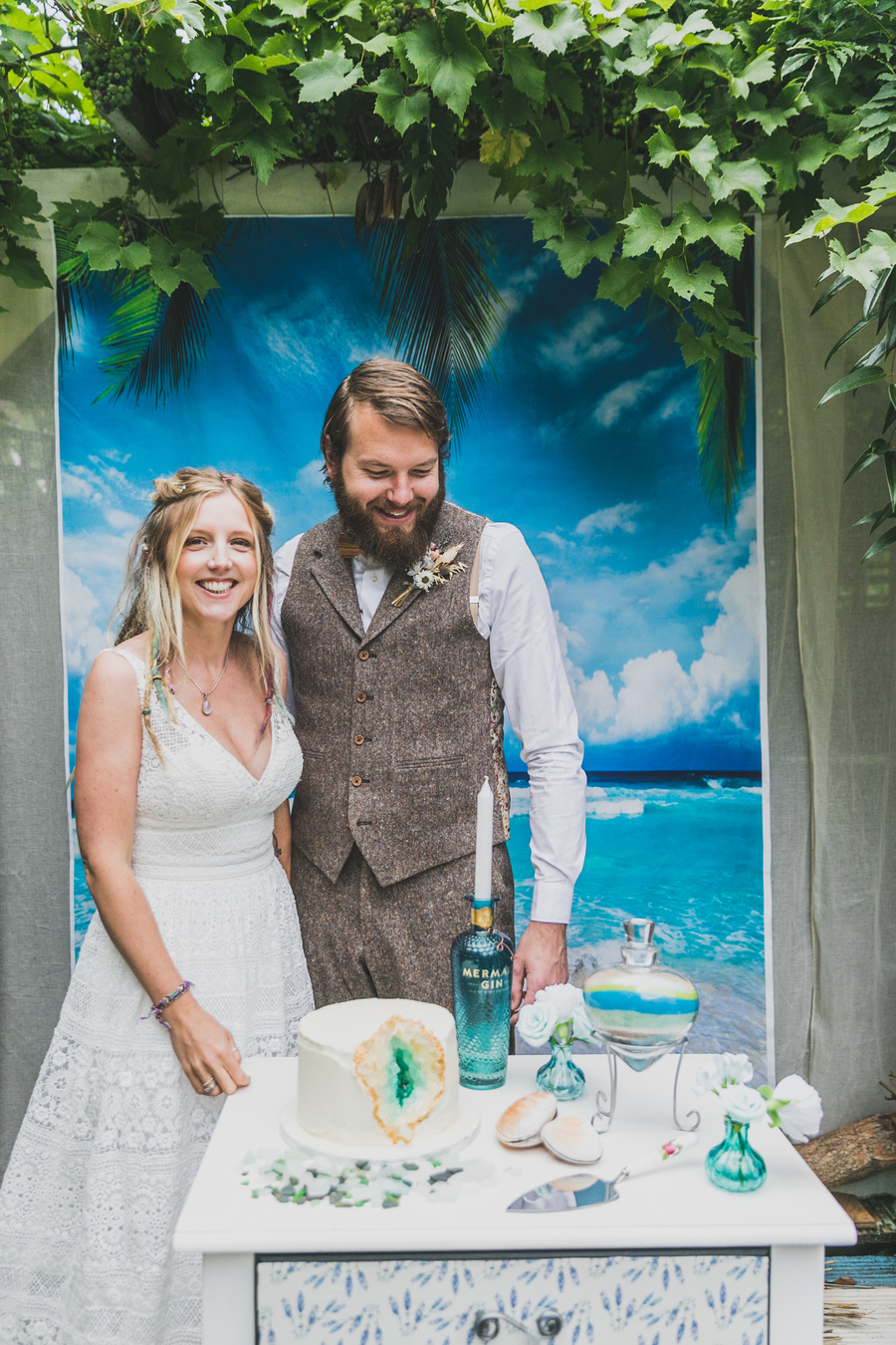 Eco beach wedding inspiration, with Confetti Coast Photography and Amethyst Weddings (29)