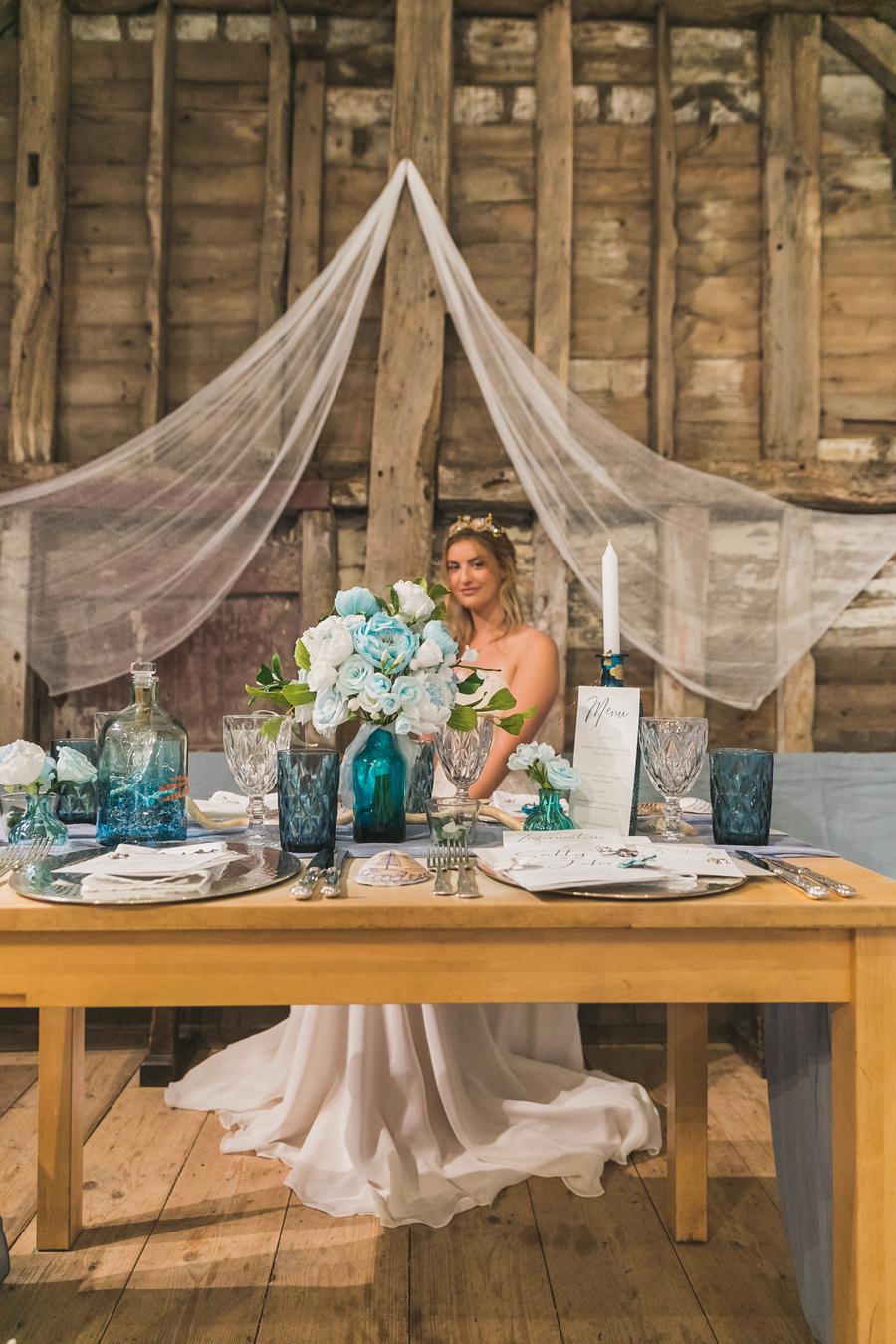 Eco beach wedding inspiration, with Confetti Coast Photography and Amethyst Weddings (5)