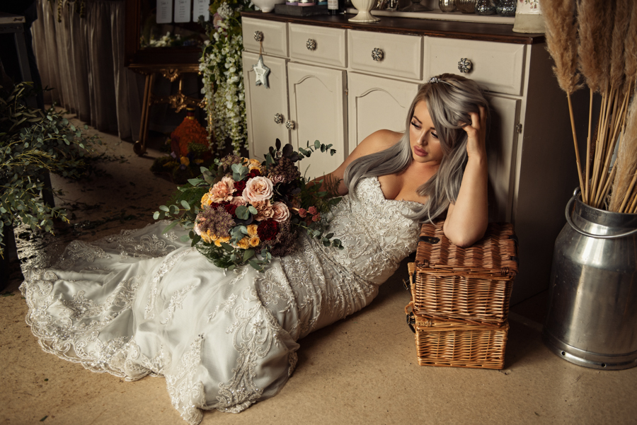 Victorian Modern Wedding style with Lifelike Photography and Vicki's Floral Design (10)