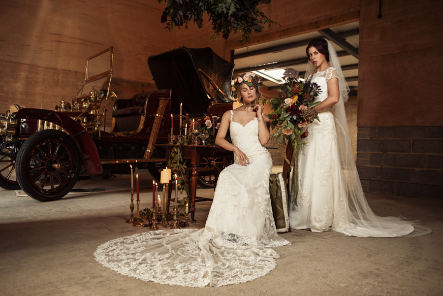 Victorian Modern Wedding style with Lifelike Photography and Vicki's Floral Design (14)