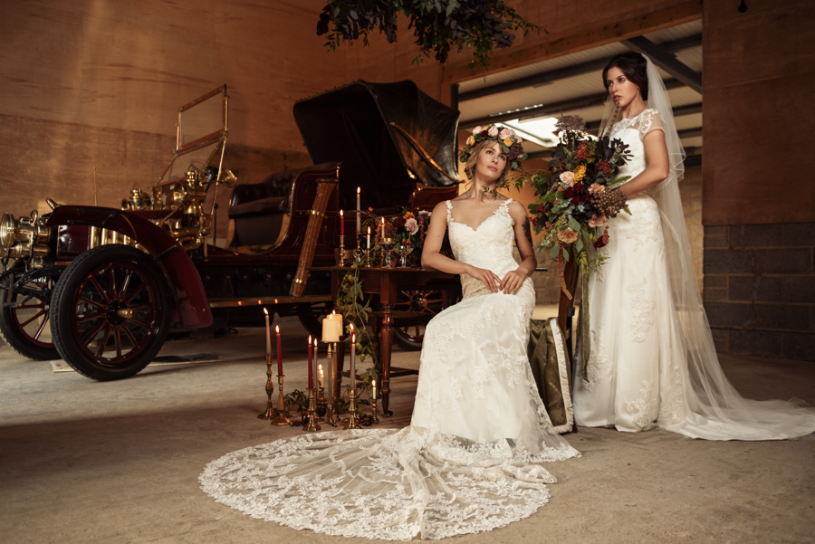Victorian Modern Wedding style with Lifelike Photography and Vicki's Floral Design (15)