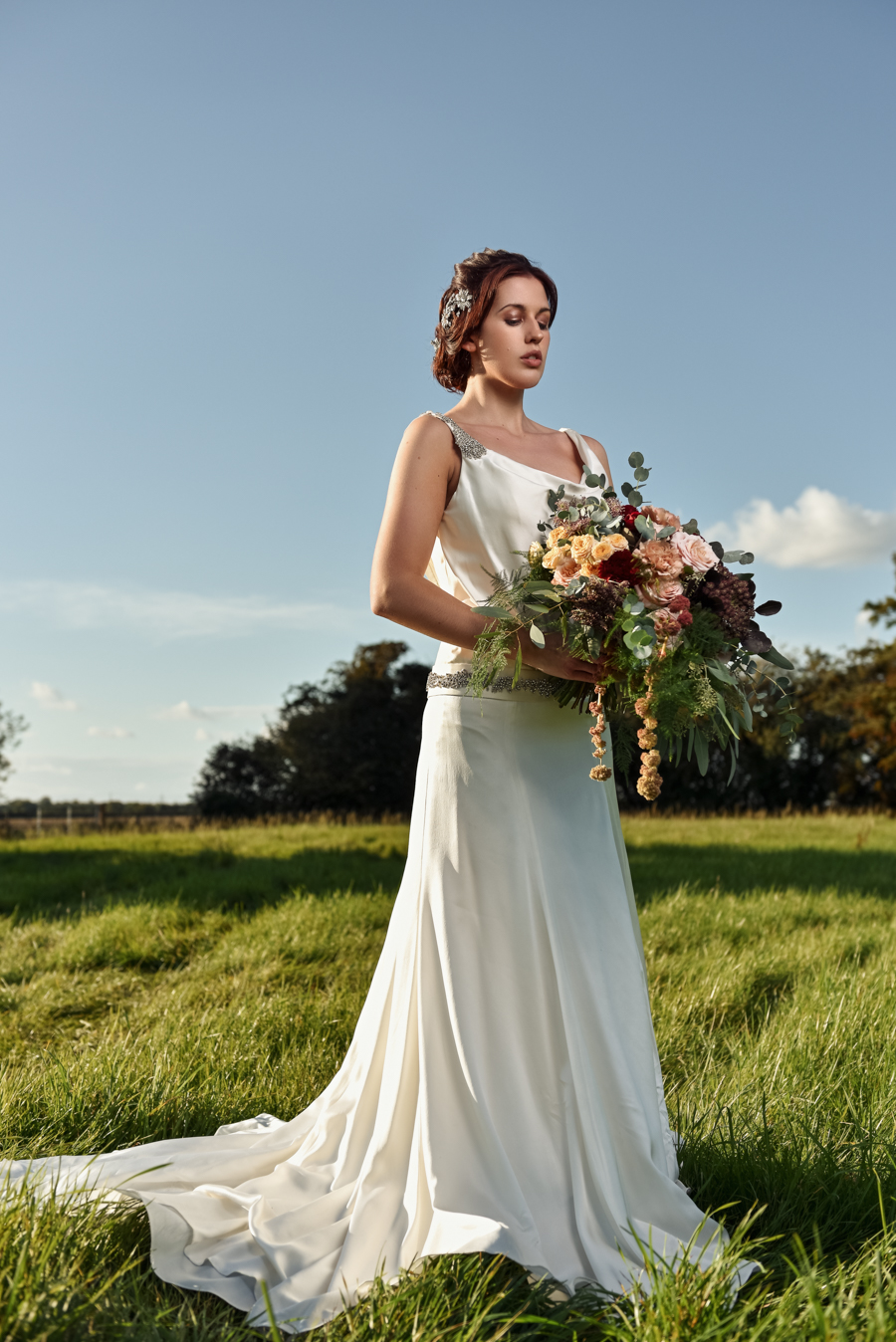 Victorian Modern Wedding style with Lifelike Photography and Vicki's Floral Design (25)