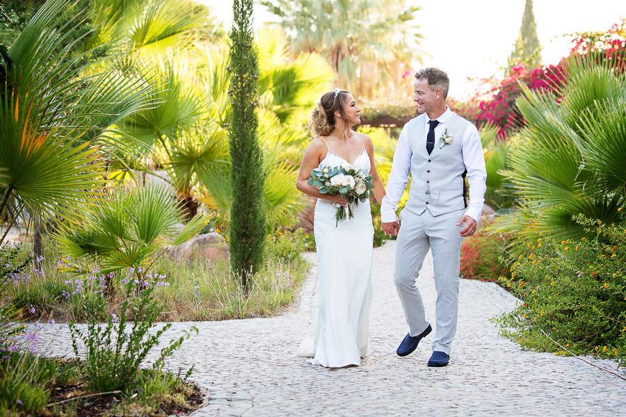 Stacy & Darren's romantic Algarve wedding, with Martin Dabek Photography (26)