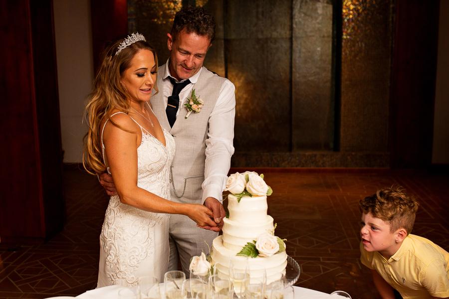 Stacy & Darren's romantic Algarve wedding, with Martin Dabek Photography (36)