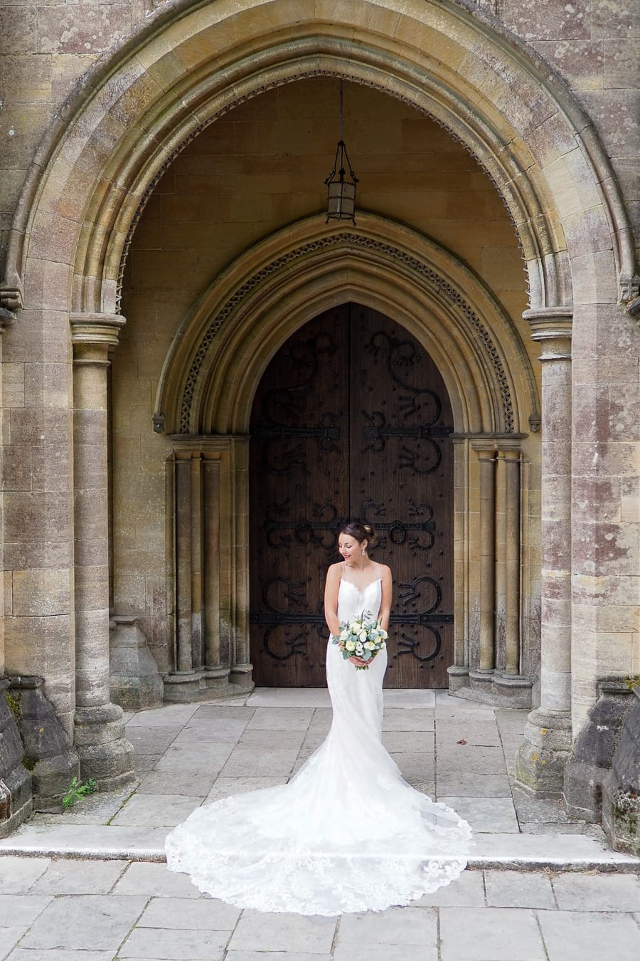 Romantic Romsey, olde worlde charm for a Hampshire wedding, with Dom Brenton Photography (7)