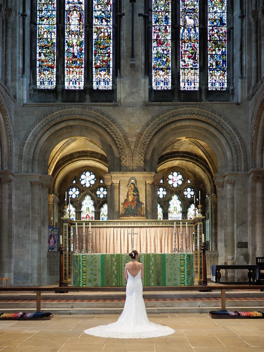 Romantic Romsey, olde worlde charm for a Hampshire wedding, with Dom Brenton Photography (5)