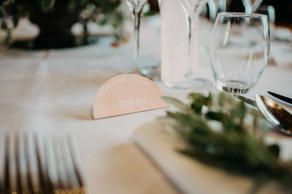 Traditional wedding inspiration with a modern twist, image credit Lottie Photography (7)