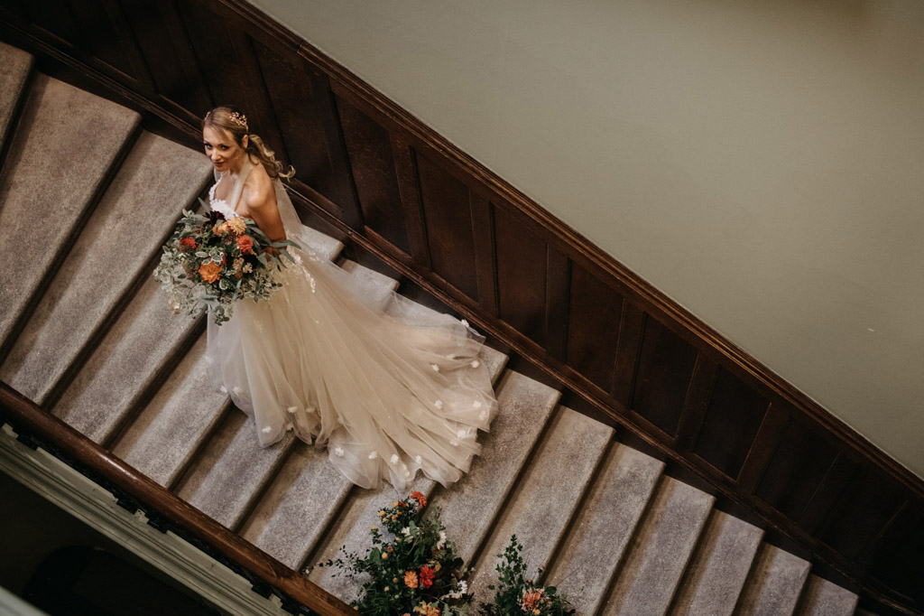 Traditional wedding inspiration with a modern twist, image credit Lottie Photography (10)