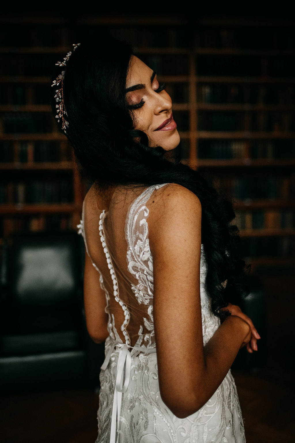 Traditional wedding inspiration with a modern twist, image credit Lottie Photography (21)