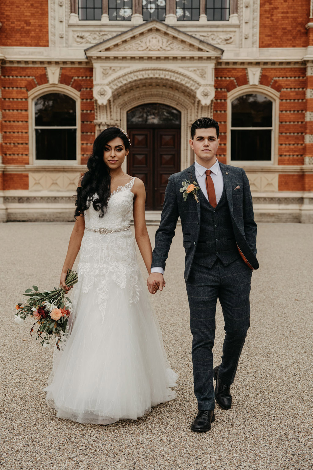 Traditional wedding inspiration with a modern twist, image credit Lottie Photography (23)