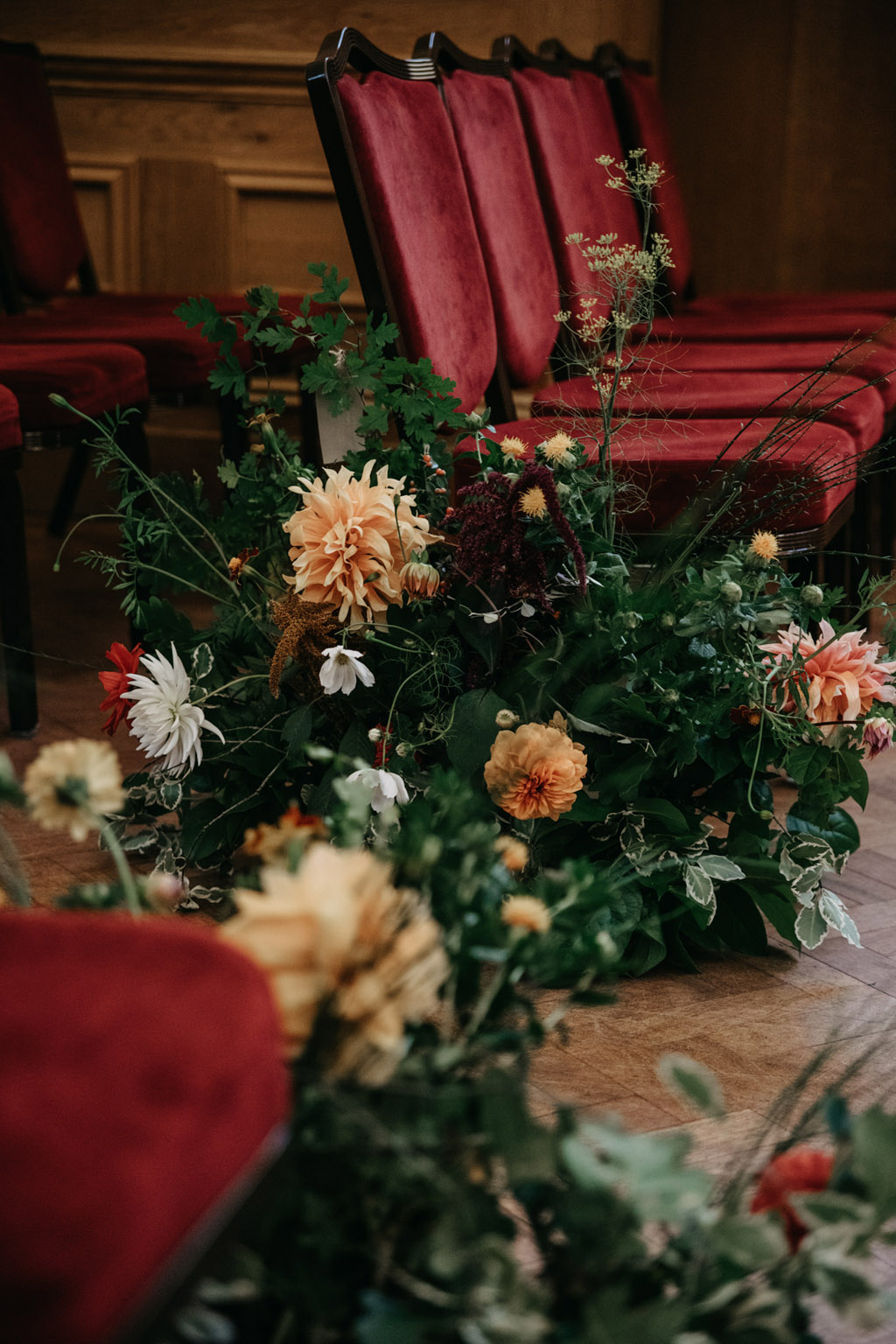 Traditional wedding inspiration with a modern twist, image credit Lottie Photography (24)
