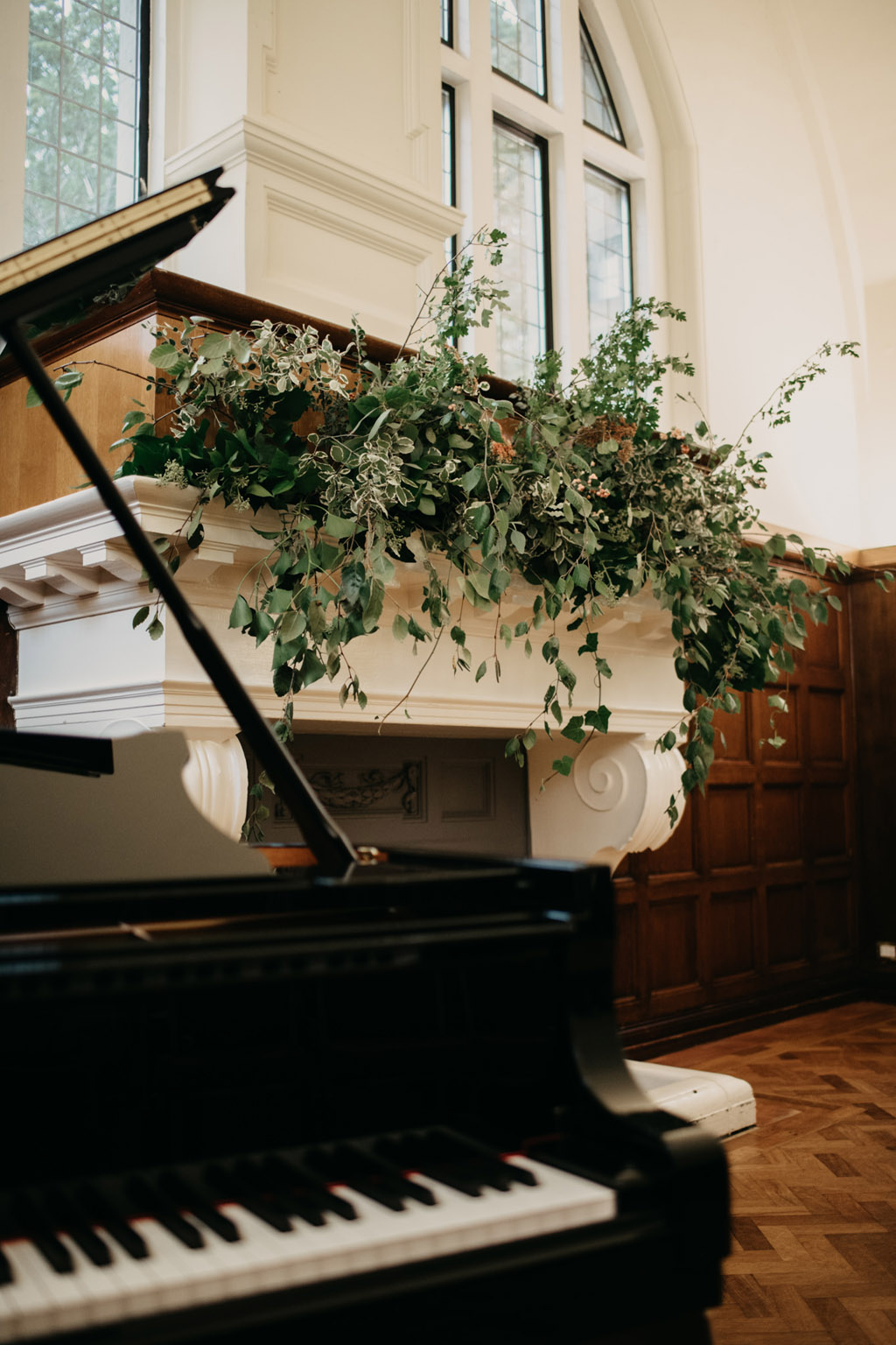 Traditional wedding inspiration with a modern twist, image credit Lottie Photography (25)