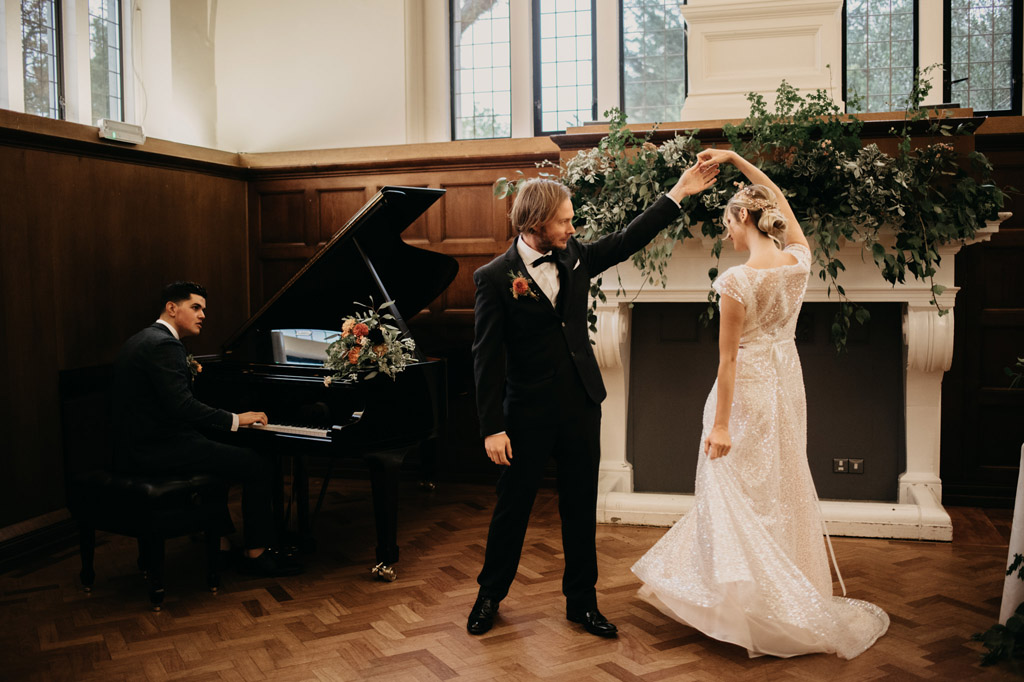 Traditional wedding inspiration with a modern twist, image credit Lottie Photography (31)