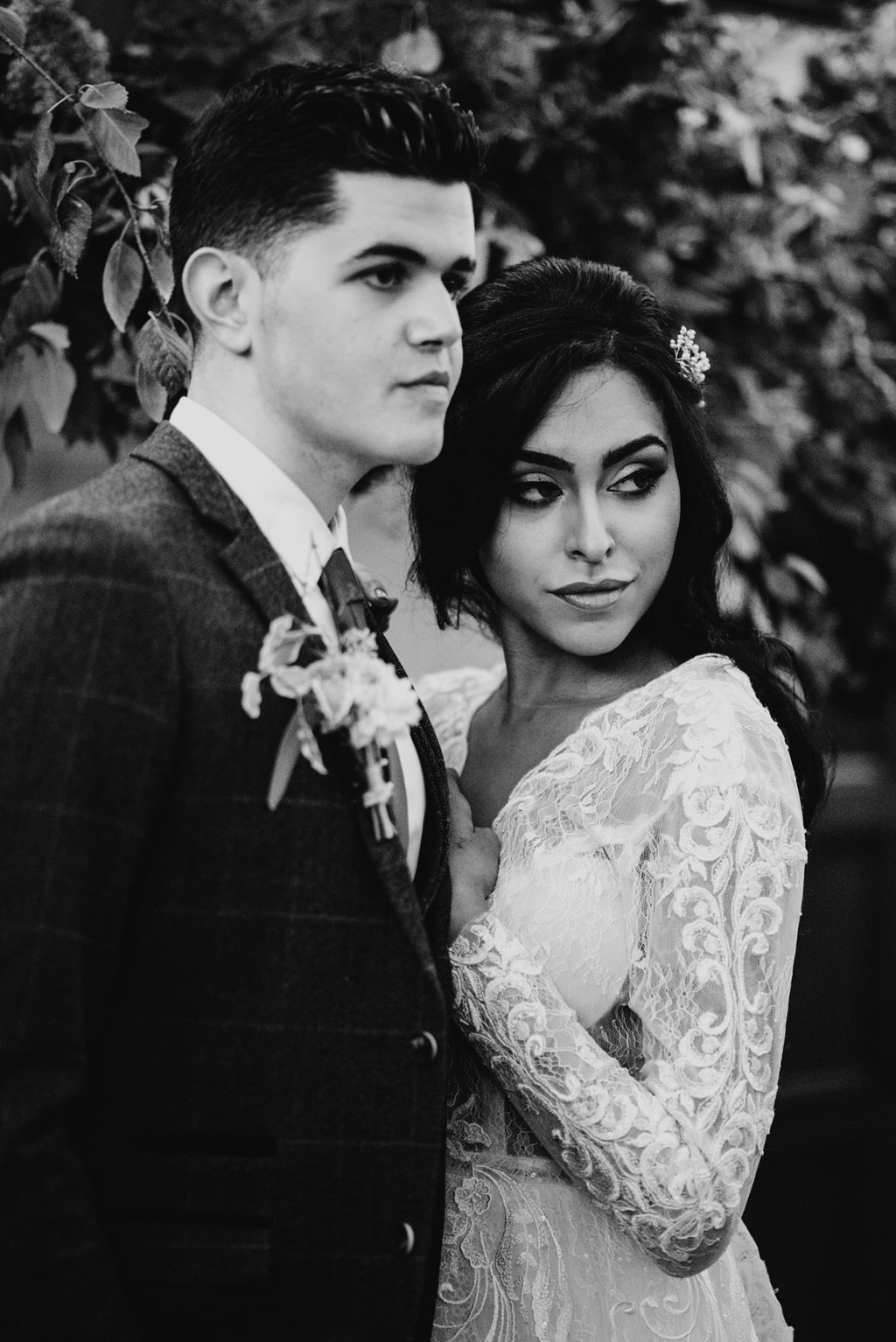 Traditional wedding inspiration with a modern twist, image credit Lottie Photography (43)