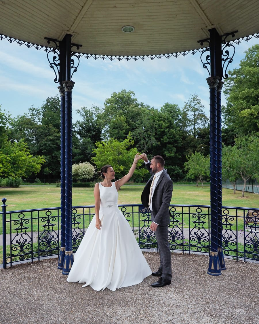 Romantic Romsey, olde worlde charm for a Hampshire wedding, with Dom Brenton Photography (20)