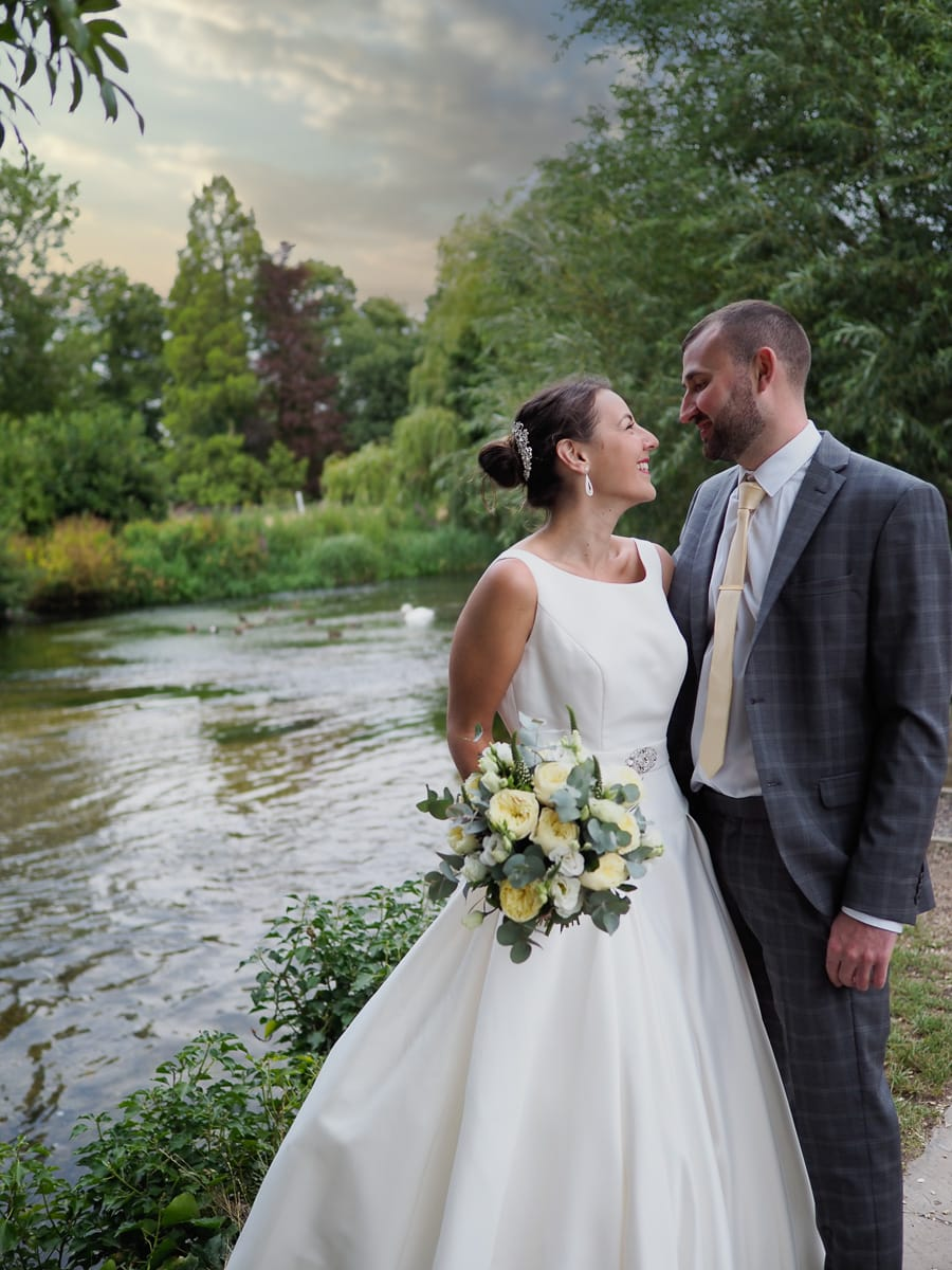 Romantic Romsey, olde worlde charm for a Hampshire wedding, with Dom Brenton Photography (19)