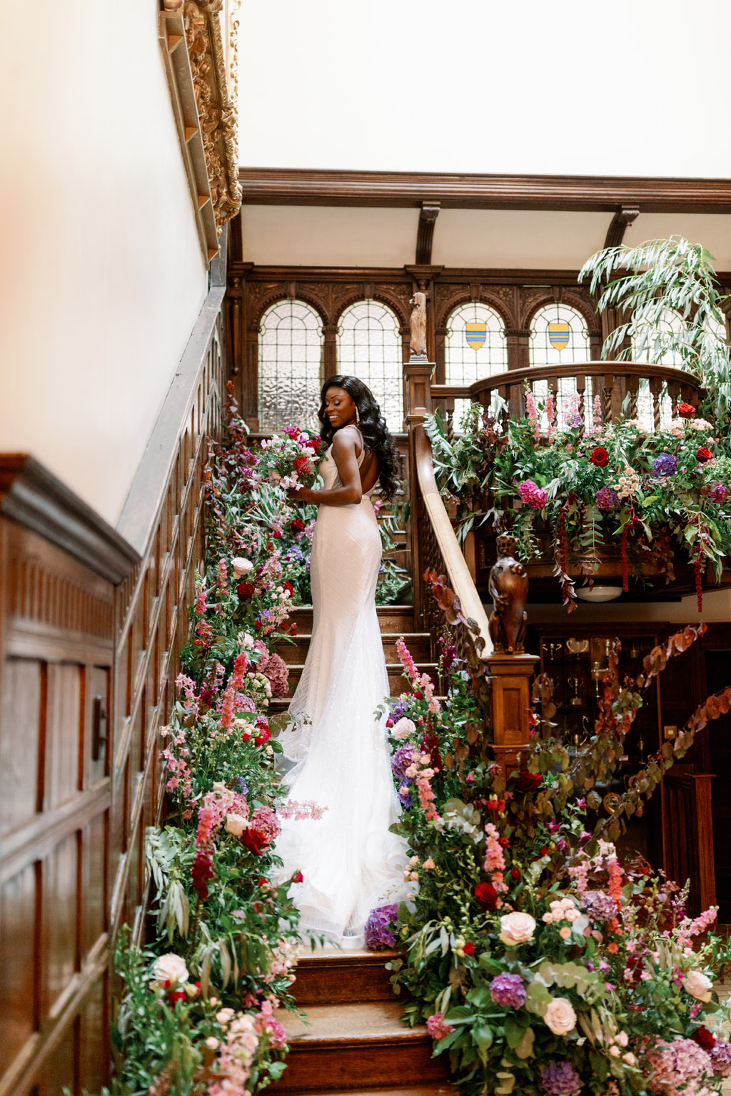 Forever Yours, a fabulously floral bridal shoot in Surrey with Tes Moments and Camilla J Hards Photography (13)
