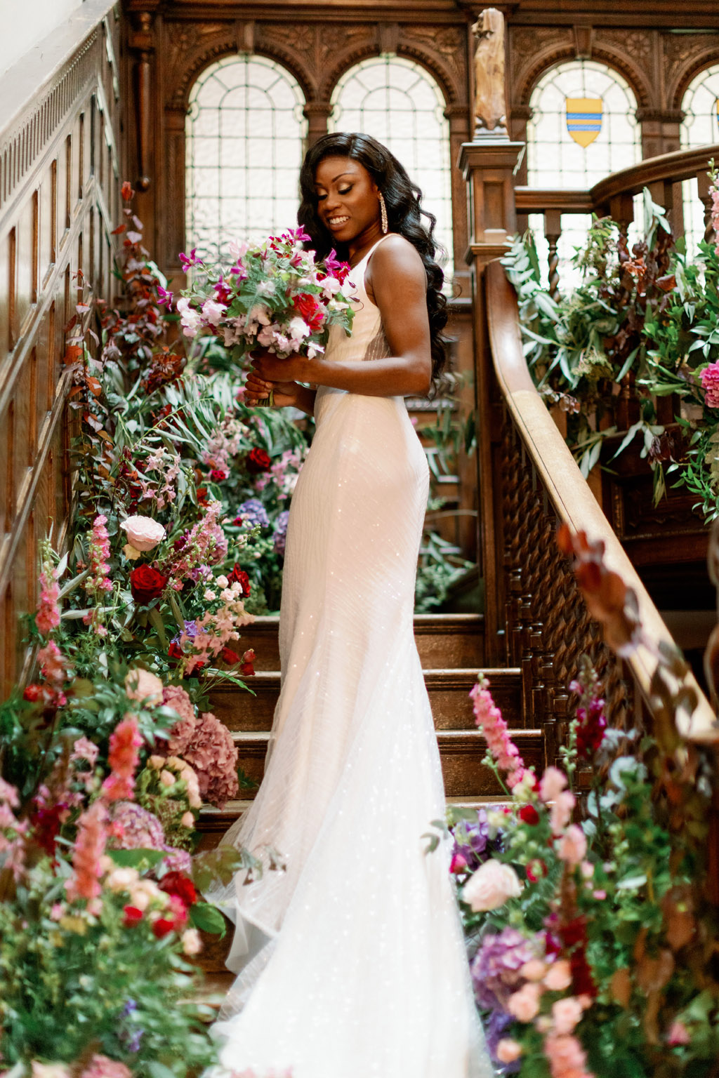 Forever Yours, a fabulously floral bridal shoot in Surrey with Tes Moments and Camilla J Hards Photography (14)